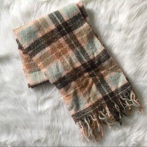 I Love H81 Plaid Pattern Wool Scarf